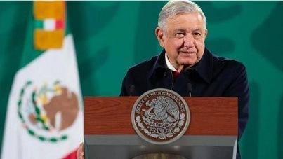 """AMLO, un """"izquierdista anticuado"""" que pone en riesgo la democracia mexicana: WSJ"""