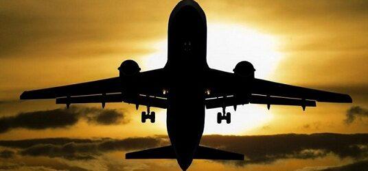 EU rebaja calificación de seguridad aérea de México; ve en qué afecta