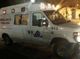Comando entra a hospital y se lleva a dos sujetos en una ambulancia