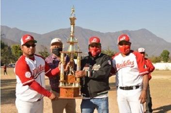 Diablos conquista el título de la liga de béisbol en Acultzingo