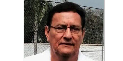 LA ENCRUCIJADA…*Benito Trujillo, exservidor público que desea volver a la política…….