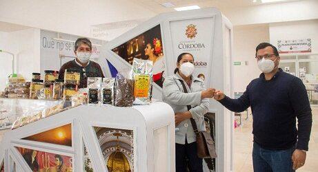 Reconoce Ayuntamiento de Córdoba a empresas por apoyo a emprendedores locales