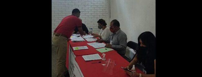 Se registra Evi Ruiz a la alcaldía de Córdoba por el PRI.