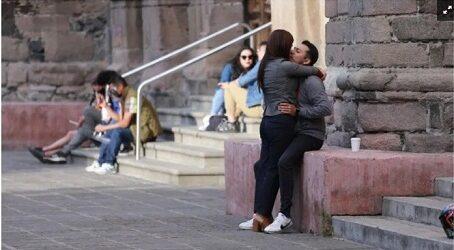 NADA DE BECHO Y APAPACHO…Piden prudencia y abstención en el Día del Amor