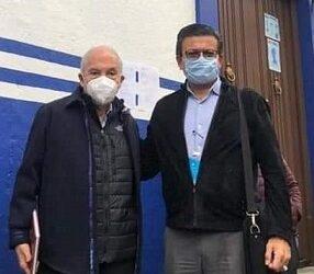 LA ENCRUCIJADA…*De risa, el pseudopriísta, Guillermo Rivas, se registra por el PAN a la alcaldía de Córdoba