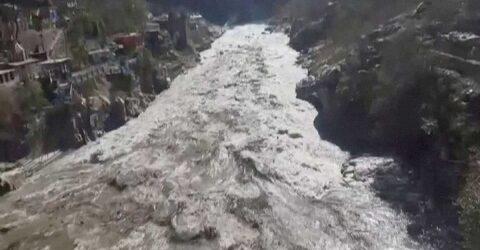 ¡TRAGEDIA!…Se rompe glaciar en el Himalaya; hay muertos y decenas de desaparecidos