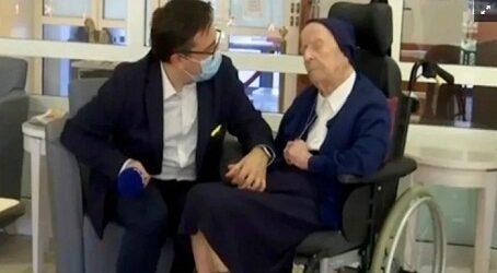 Supera monja coronavirus en Francia a dos días de cumplir 117 años