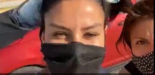 (VIDEO)Puebla: Diputada en campaña, Nayeli Salvatori es agredida con harina