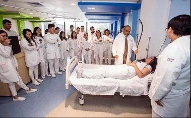 Los pasantes de Medicina son inhumanamente explotados por el Gobierno