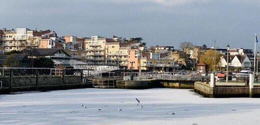 Reino Unido: Se congela por primera vez el río Támesis en 58 años