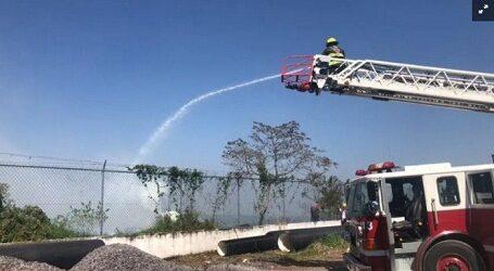 Explosión deja un lesionado y daña 21 viviendas en Orizaba, Veracruz