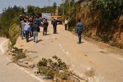 Inicia la construcción del tramo carretero TLATILPA-HUITZILA