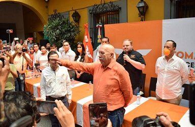 Acuden dirigentes y líderes de Córdoba a la presentación de Tomas López, como candidato a la alcaldía por MC