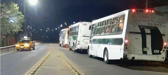 Tras 4 días de bloqueo, liberan accesos del Aeropuerto Internacional de Oaxaca