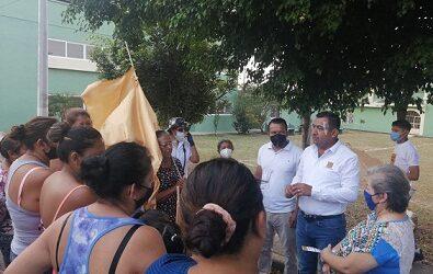MAURICIO IVAN RECORRE CEREZOS Y LA LUZ PALOTAL.