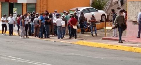Denuncian por tráfico de influencias, cohecho    y corrupción a alcalde de Ayahualulco