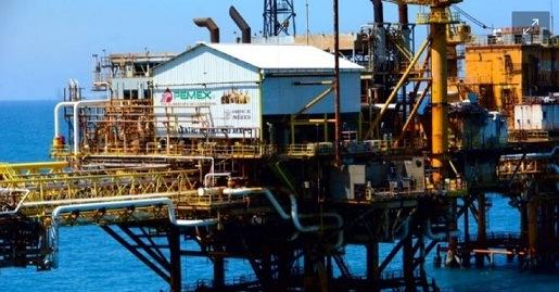 El juez Gómez Fierro otorga la primera suspensión contra la Ley de Hidrocarburos