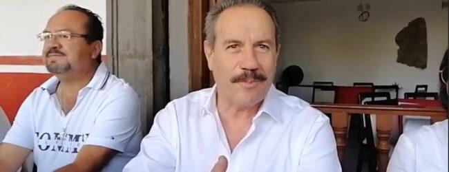 El resentido y desleal  Juan Bueno anuncia  su apoyo a Rivas y nadie le cree; lo tachan de vendido