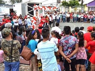 EN LAS PREFERENCIAS CONTÍNUA EL CANDIDATO LEÓN CANTÓN EN COMAPA