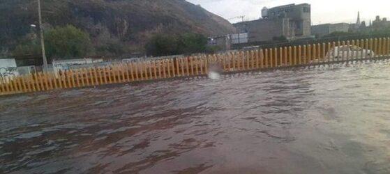Reportan caos en la México-Puebla por inundaciones