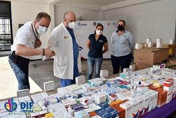 HOSPITAL YANGA RECIBE MEDICAMENTOS DEL DIF MUNICIPAL