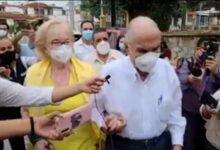 MOLESTO Y SOBERBIO COMO SIEMPRE ACUDE A VOTAR GUILLERMO RIVAS