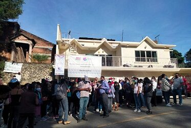 En Tlalnelhuayocan protestan priistas por    presuntas irregularidades en la jornada electoral