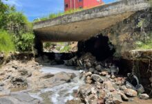 Ayuntamiento atiende socavón en la carretera Xalapa-El Castillo