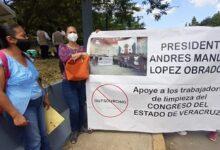 Trabajadores de Limpieza del Congreso del Estado    solicitaron a AMLO su apoyo para ser reinstalados