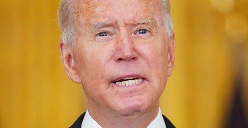 Biden anuncia acuerdo con los talibán para evacuación segura de estadunidenses de Afganistán