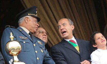 Documentos inéditos describen 'demo' de Pegasus a Calderón y a su secretario de la Defensa