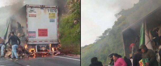 Tráiler que transportaba cervezas en Veracruz se incendia y pobladores lo saquean