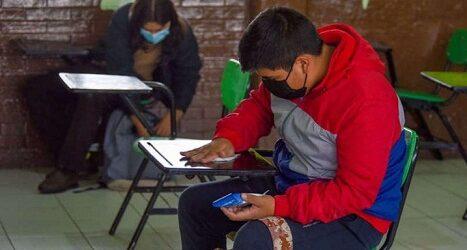 Si se presenta un caso covid en una escuela, no cerrará en la CDMX, señala Oliva López