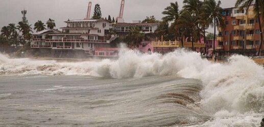 Linda se convierte en poderoso huracán 4; ve trayectoria en vivo