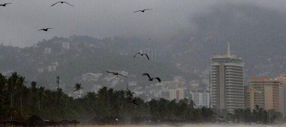 """""""Linda"""" evoluciona a huracán categoría 1; ocasionará lluvias en el país"""