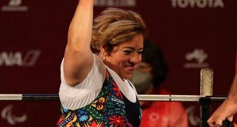 Amalia Pérez gana el primer oro para México en powerlifting en los Paralímpicos de Tokio 2020