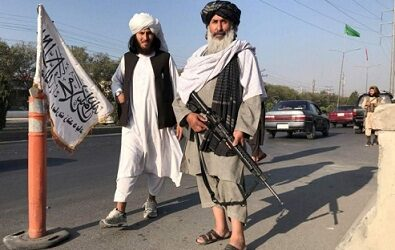 Rusia y China tienden la mano a los talibanes