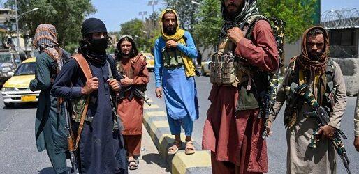 Talibán reprime primera protesta tras su regreso; reportan un muerto