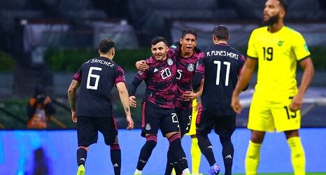 México derrota a Jamaica de forma agónica en el debut de las eliminatorias