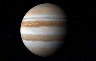 Astrónomo capta extraño objeto que chocó y explotó en Júpiter