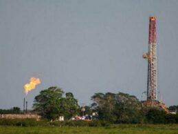 Legisladores de Texas urgen a embajador en México a proteger a empresas estadounidenses de energía