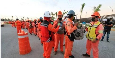 Por manifestarse, retiran de su área de trabajo a 500 trabajadores de Dos Bocas